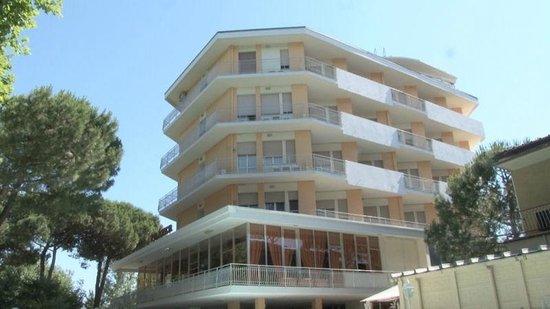 log Hotel